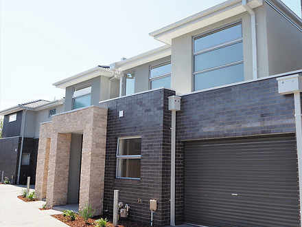 Townhouse - 3/107 Hickford ...