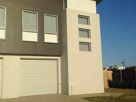 2/64 Makybe Diva Drive, Ooralea 4740, QLD Duplex_semi Photo