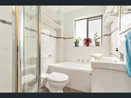 Bathroom 1590726258 thumbnail