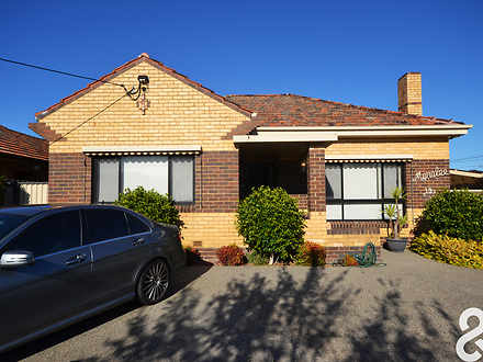 House - 19 Fulham Grove, Re...