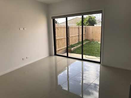House - 2/4 Bailey Court, C...