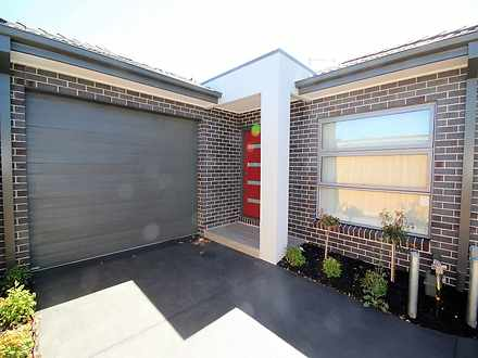 Unit - 3/4 Curie Avenue, Oa...