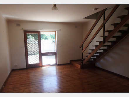 Townhouse - 7/235 Findon Ro...