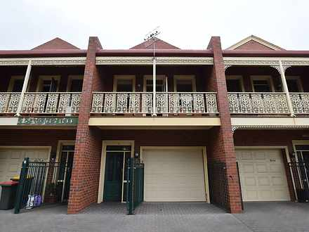 Townhouse - 2/184 Timor Str...