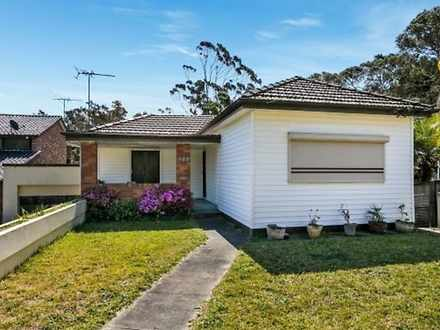 House - 482 Henry Lawson Dr...