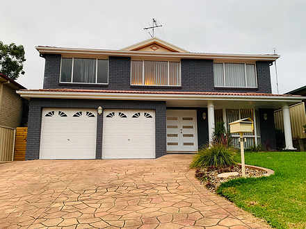 House - 18 Begonia Court, G...