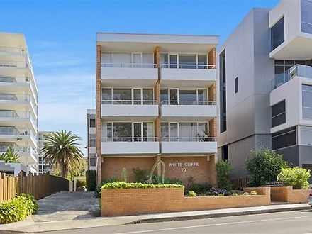 Apartment - 4/70 Cliff Road...