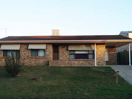 House - 35 Kamilaroi Drive,...