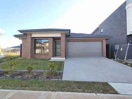 House - LOT1084/62 Hydrus S...
