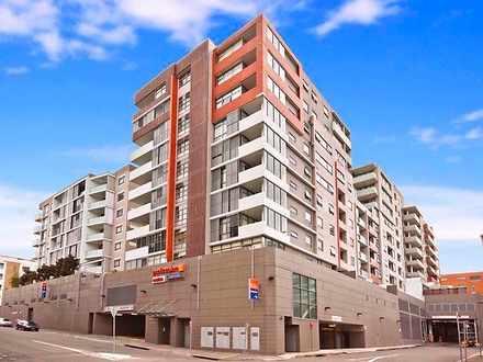 Apartment - 1 Bruce Bennett...