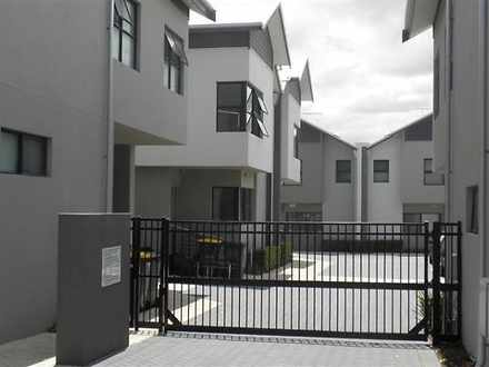 Townhouse - 6/32 Carr Stree...