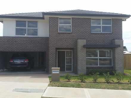House - 207 Somme Avenue, E...