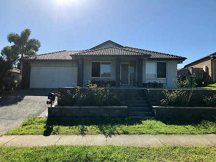 House - 6 Hawkesbury Avenue...