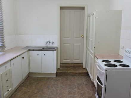 House - 2/811 Hunter Street...