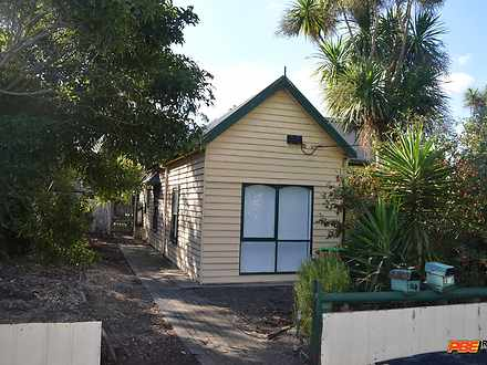 House - 98 Broome Crescent,...