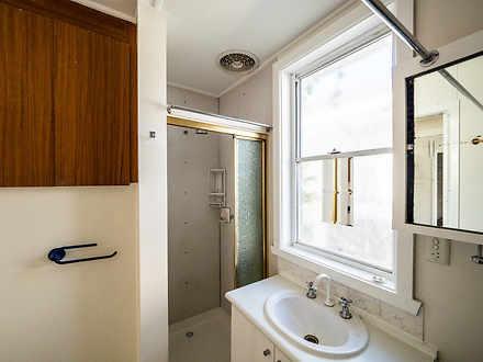 Bfac18f000bf723728a59597 517 bathroom1 1592615736 thumbnail