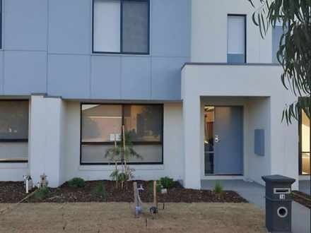 Townhouse - 16 Morialta Cir...