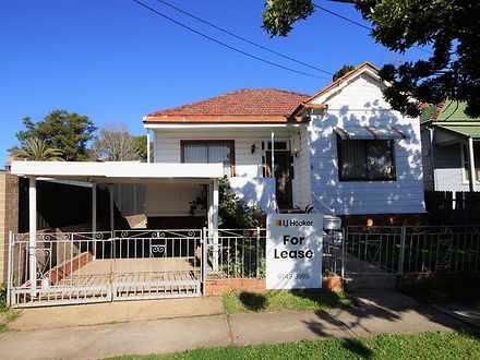 House - 2 Verona Street, Au...