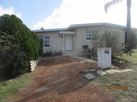 House - 34 Denston Way, Gir...
