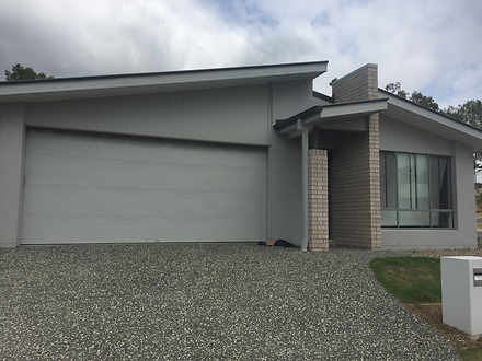 House - 70 Huntingdale Stre...