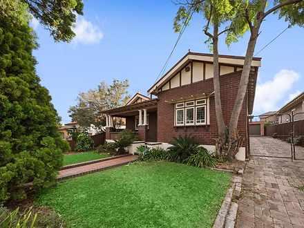 House - 24 Lloyd George Ave...