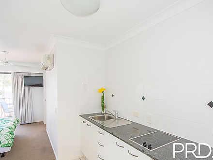 Apartment - 204/67 Esplanad...