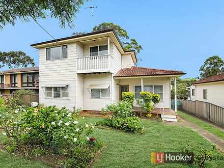 House - 800 Merrylands Road...