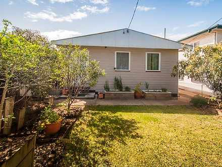 House - 554 Oxley Avenue, R...