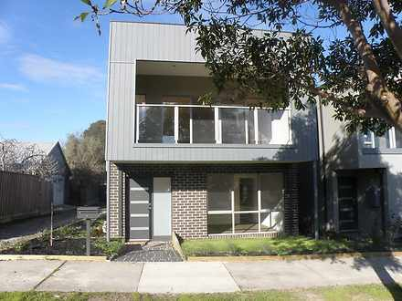 Townhouse - 55 Medway Stree...