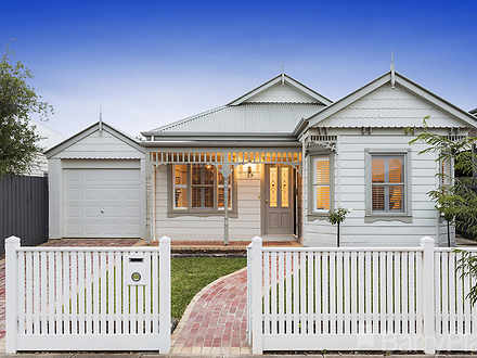 House - 37 Kerford Crescent...