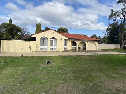 House - 4 Clowes Court, Tho...