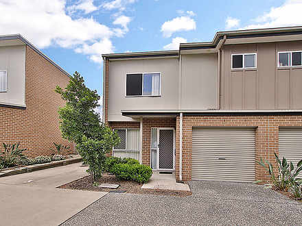 Townhouse - 3/39 River Road...