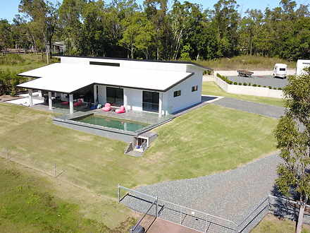 House - 44 Holloway Drive, ...