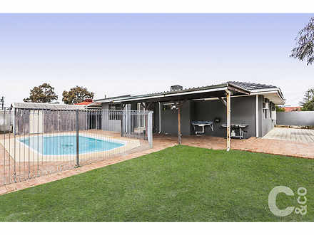 House - 16 Foxwood Way, Lan...