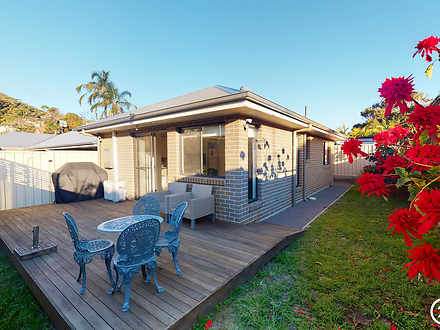 Villa - 19B Tomaree Road, S...