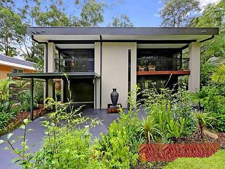 House - 50 Woodhill Street,...