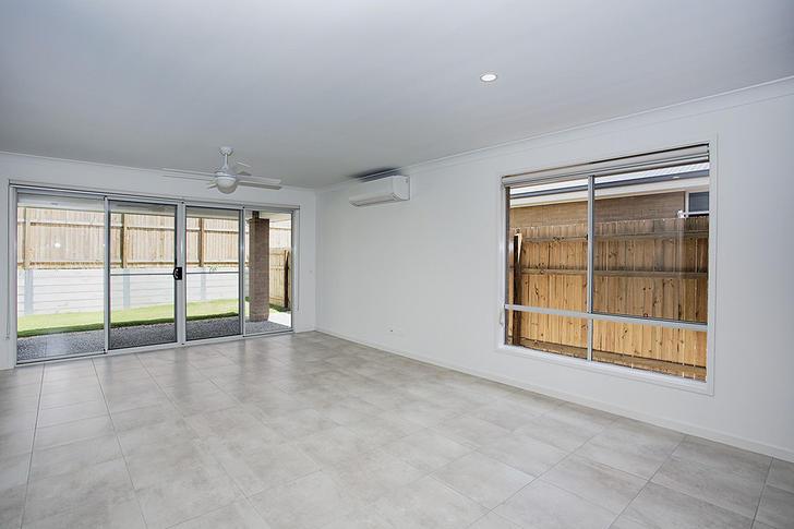 69 Napier Cicuit, Silkstone 4304, QLD House Photo
