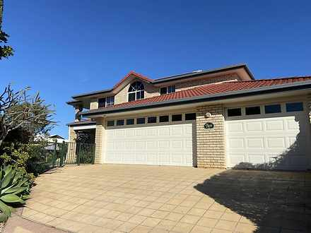 House - 2 St Ives Court, Re...