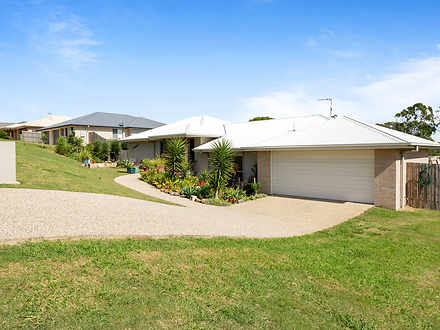 House - 33 Westview Drive, ...
