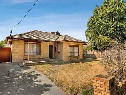 House - 1067 Centre Road, O...