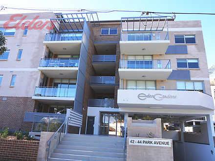 Apartment - 202/42 Park Ave...
