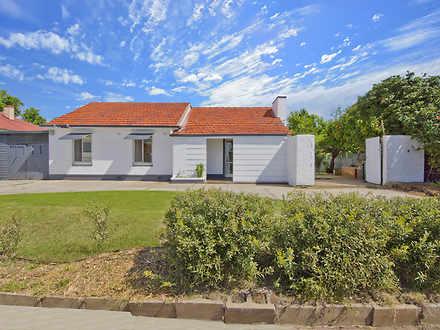 House - 443 Cross Road, Sou...