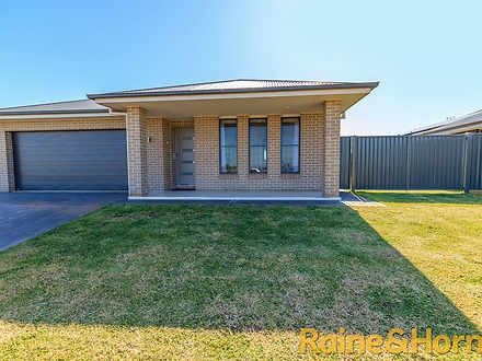 House - 44 Argyle Avenue, D...