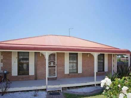 House - 22 Kipling Crescent...