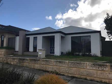 House - 6 Marden Grange, Av...