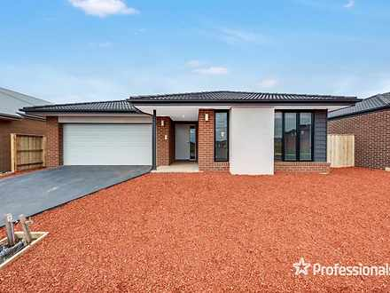 House - 5 Chapelton Way, We...