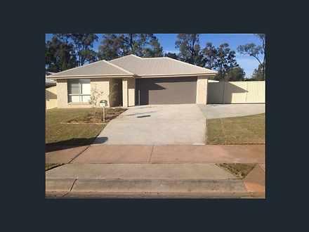 House - 8 Acacia Drive, Mil...