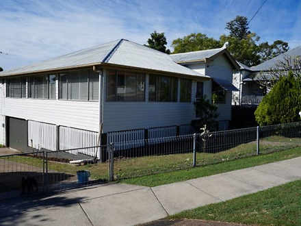 House - 7 Harlin Road, Sadl...