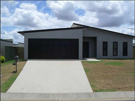 House - 7 Deacon Drive, Bla...
