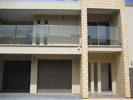 Townhouse - 3/7 Kevin Road,...